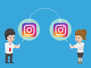 Recruiter communicating with a candidate on Instagram (How to find candidates on Instagram)